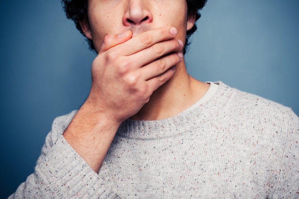 Как исправить дефект речи после протезирования зубов