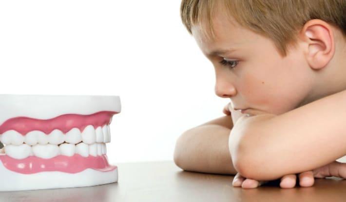 Что делать когда у ребенка болит зуб?