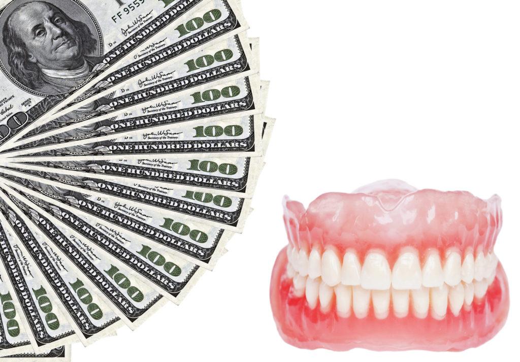 Калькуляция цены протезирования зубов металлокерамикой