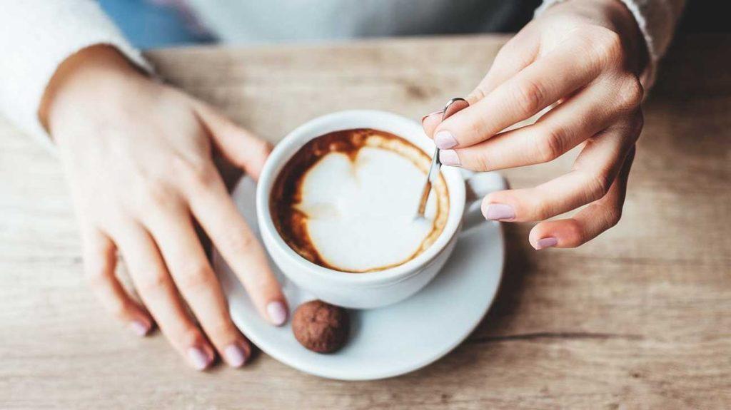 Курильщики не могут насладится в полной мере вкусом кофе