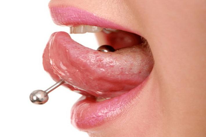 Пирсинг языка и губ