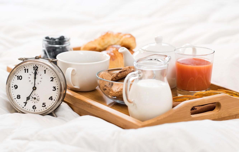 Еда и будильник