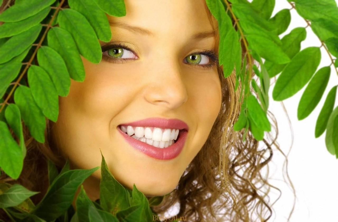Масло чайного дерева для лечения зубов и полости рта