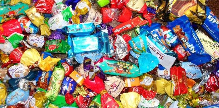 Потребление сладостей приводит к кариесу