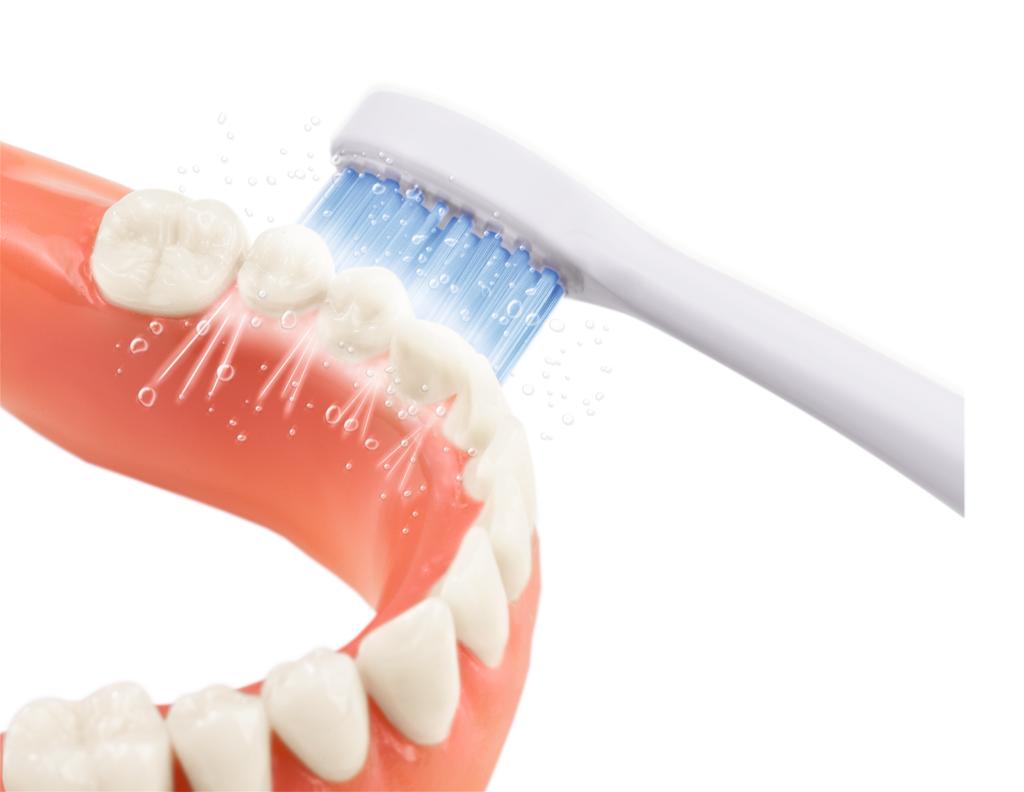 Какую зубную щетку выбрать для протезов