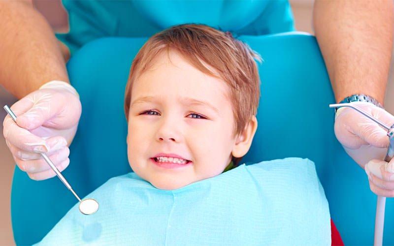 Каждый седьмой ребенок впервые приходит к стоматологу уже с сильнейшей болью