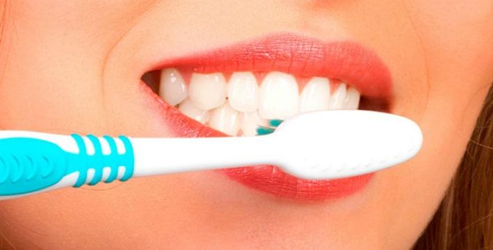 Уход за полостью рта после имплантации