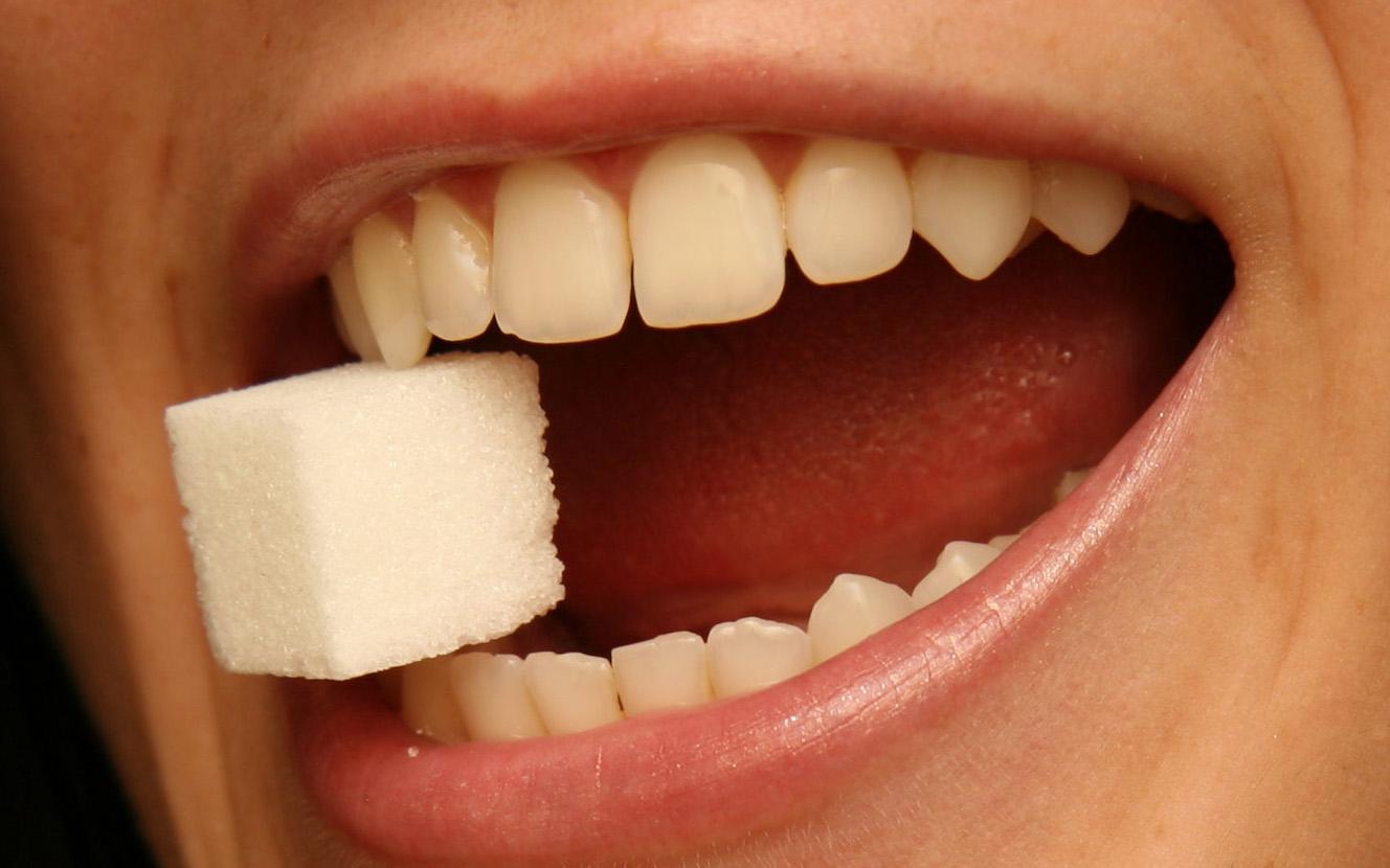 Сахар в зубах