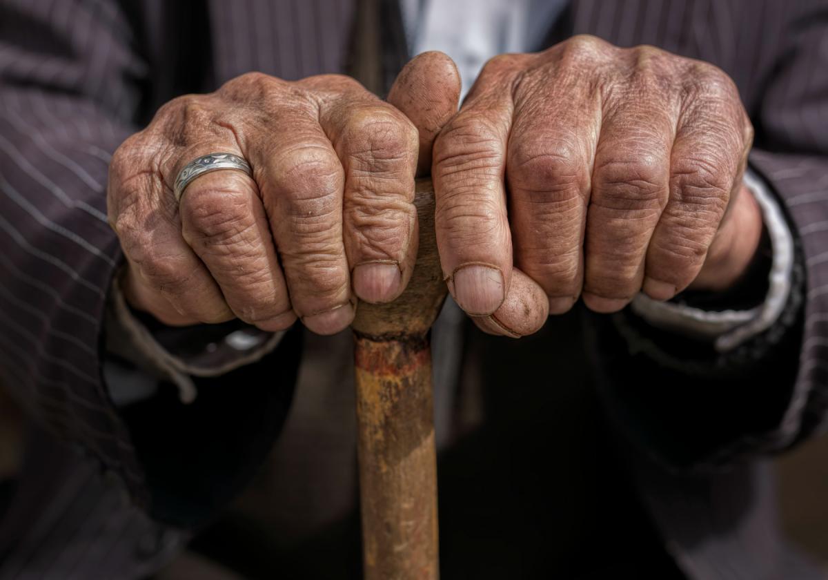 Льготы на зубное протезирование для пенсионеров