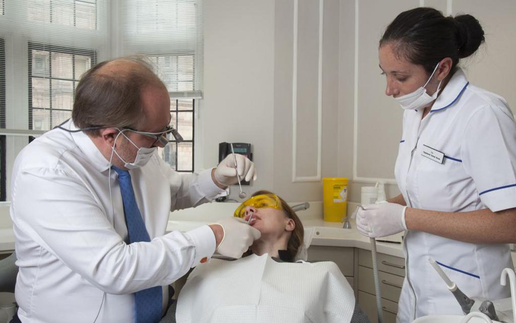 В кабинете стоматолога