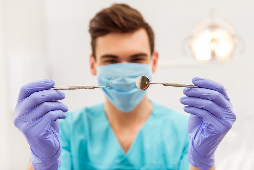 Учеба на стоматолога