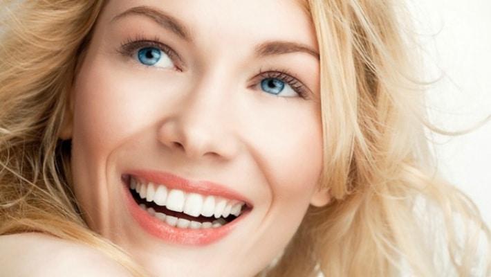 Вред и польза отбеливания зубов