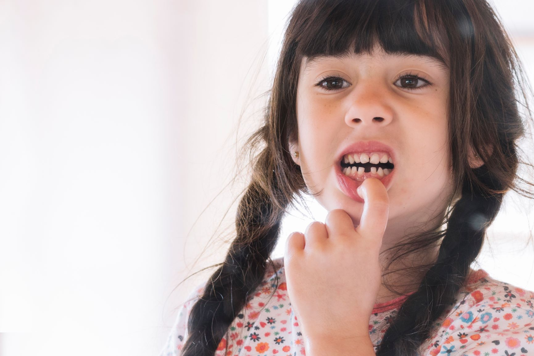 Выпал зуб