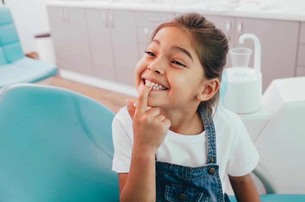На что обратить внимание при первом визите ребенка к ортодонту