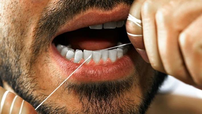 Зубная нить для чистки